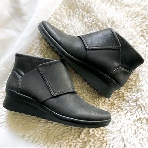 COPY - CLOUDSTEPPERS black caddell rush booties s…